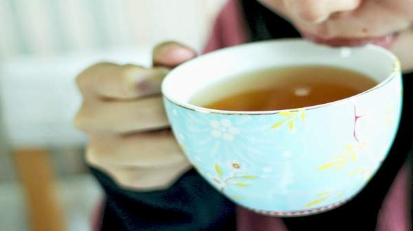 Reasons why you should drink tea