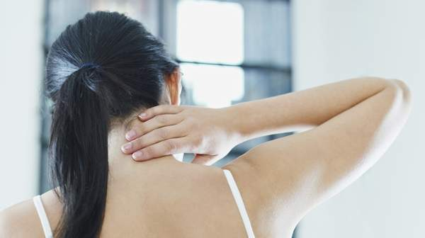 Neck Pain: common causes and how to prevent them