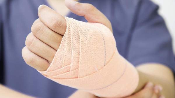 Sprains and Strains: Causes, Symptoms & First Aid Treatment